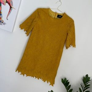 Alexander McQueen Floral Lace Short Sleeve Dress M